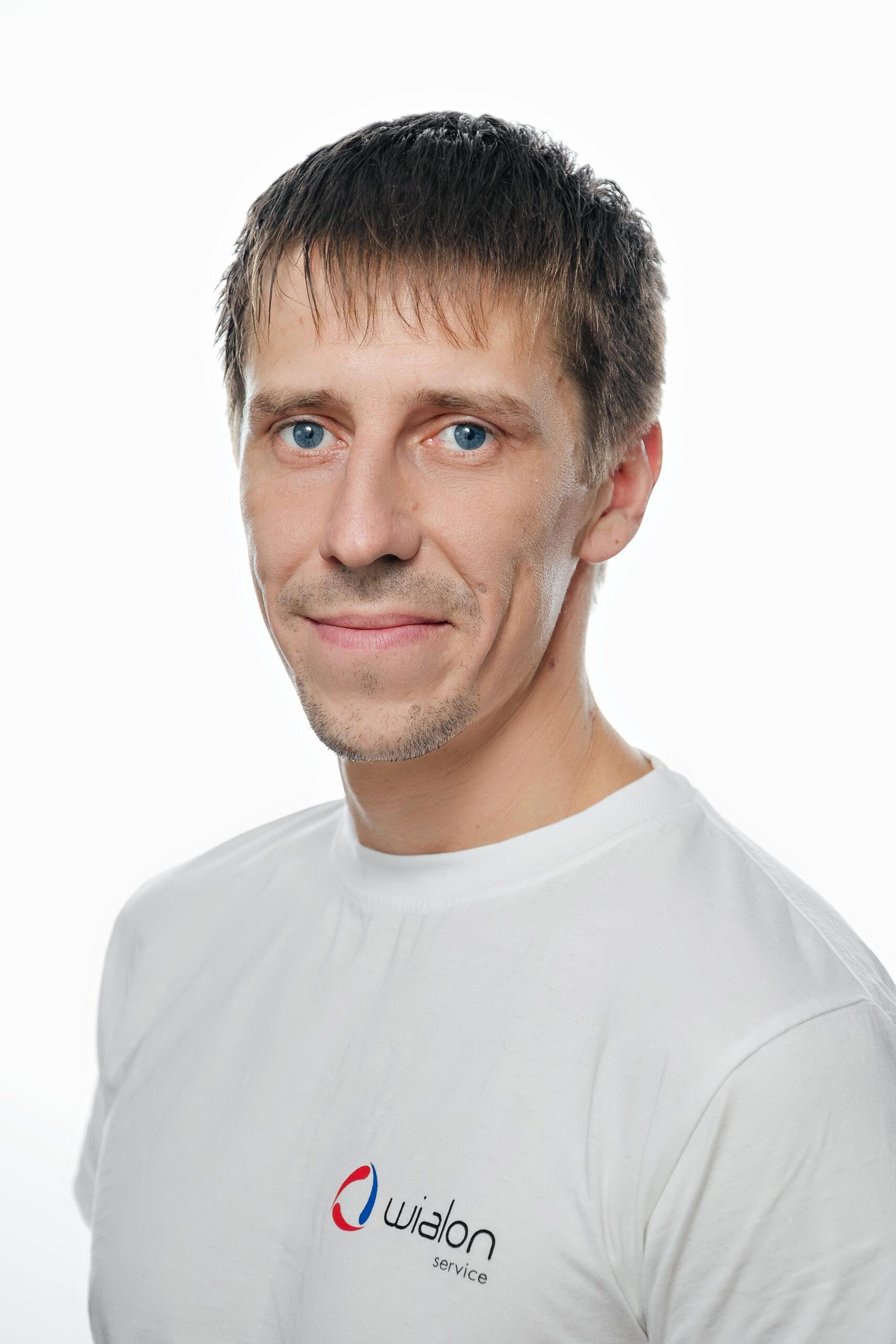 Дмитрий Чаусов